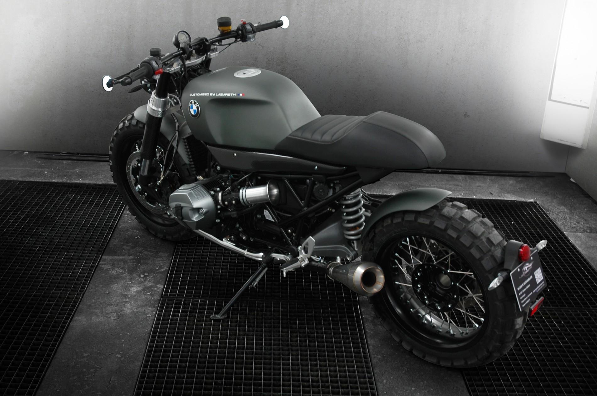 Montage d'un silencieux moto  Moteur / boîte / échappement  Préparation